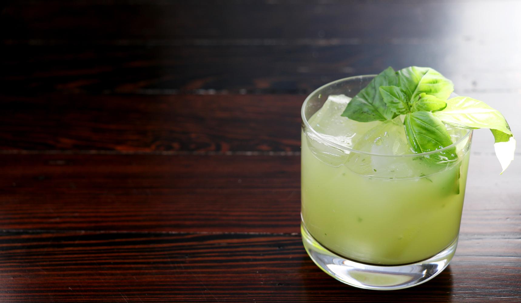 Liquore al basilico da fare in casa for Basilico in casa